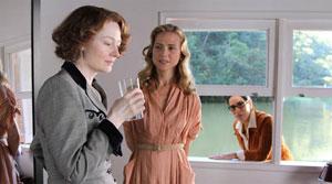 Miranda contracena com Tracy Middendorf (Mary) e é observada por Glória: inusitado triângulo amoroso